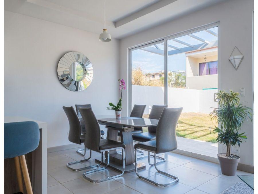venta la casa blanca ubicada en grecia comunidad cerrada