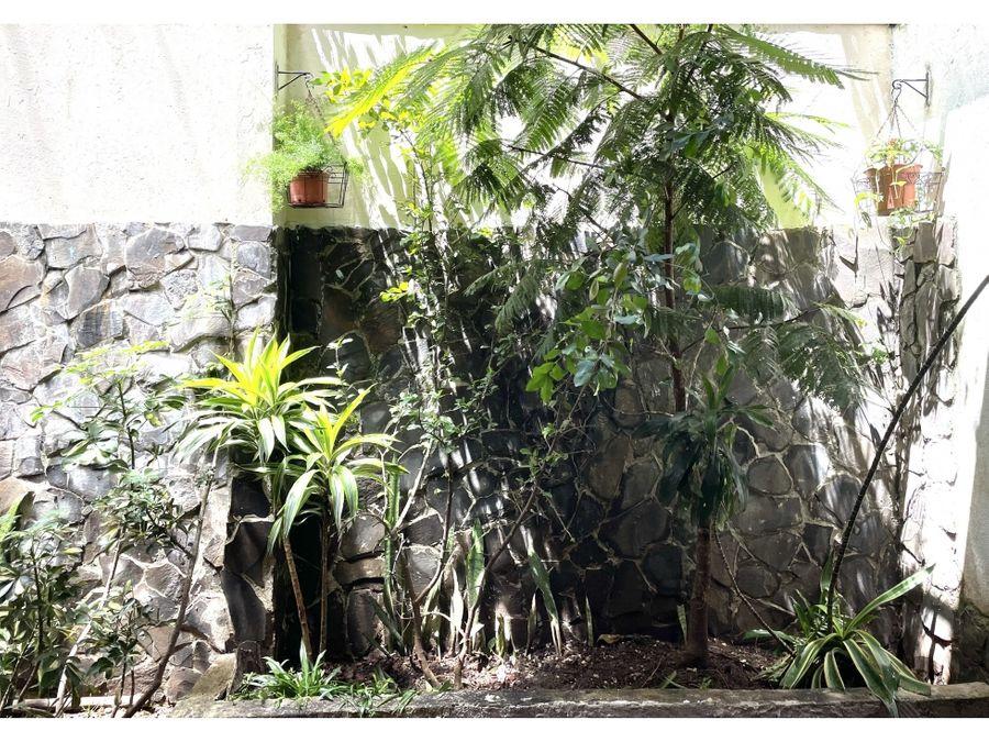 vendo linda casa en condominio florana