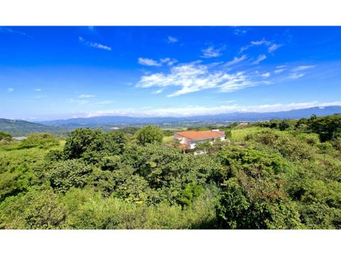 nestled in the mountains of brasil de mora