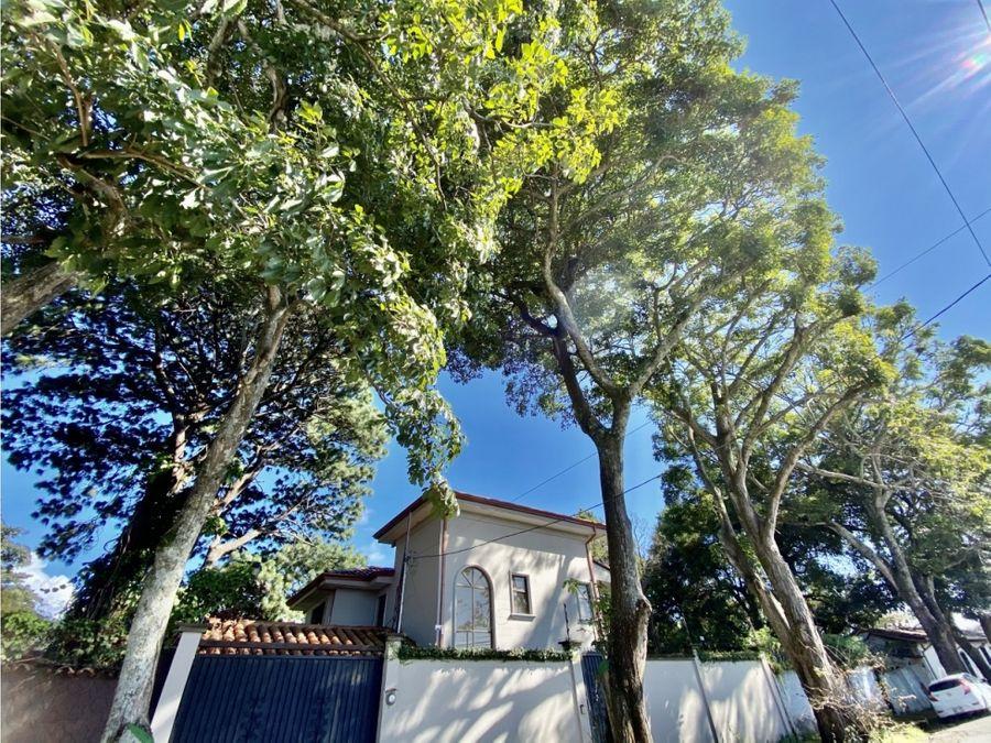 casa a la venta en santo domingo heredia