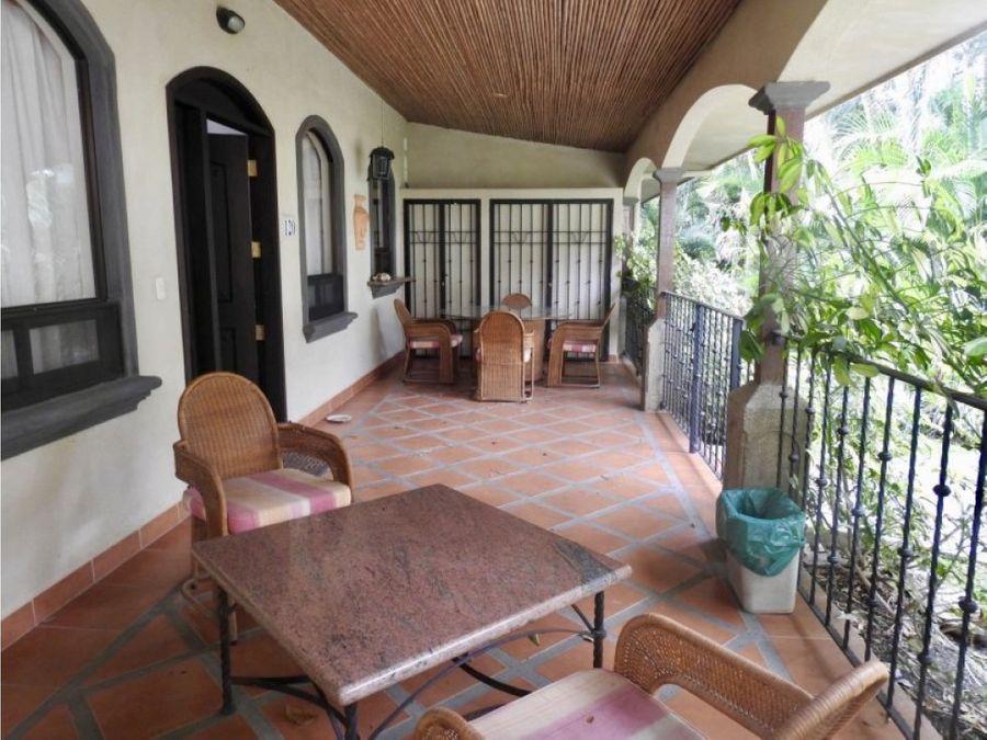 beautiful condo in santa ana