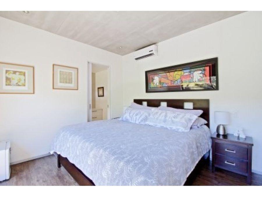 beautiful 2 bedroom condo