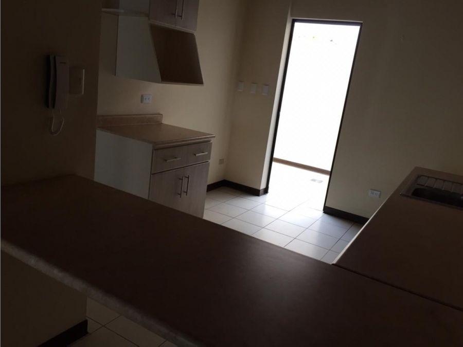 apartamento en santa ana centro