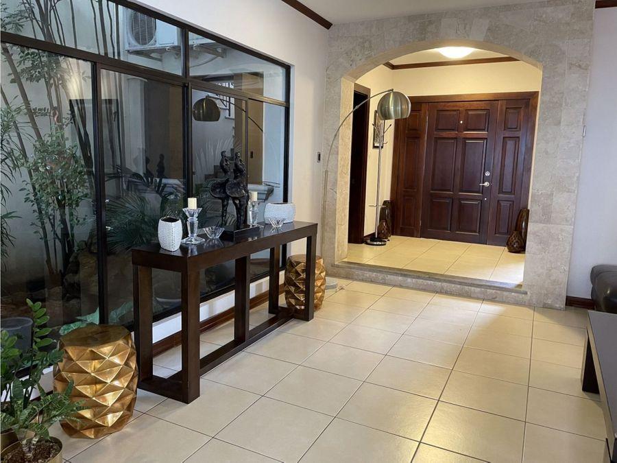 vendo preciosa casa en condominio villas del sol lindora santa ana