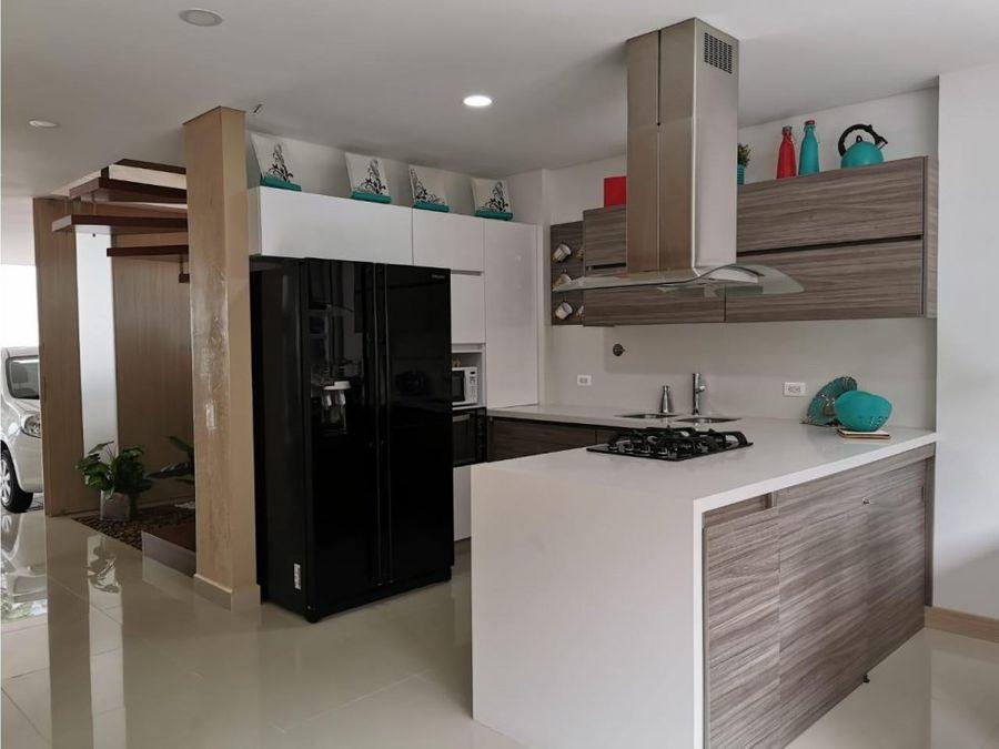 hermosa casa de modernos acabados en san lucas