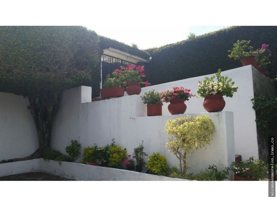 hermosa casa de un nivel en tlaltenango