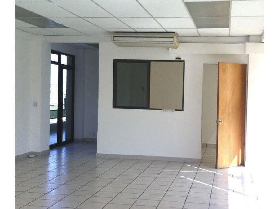 bonita oficina en fracc tabachines 13000
