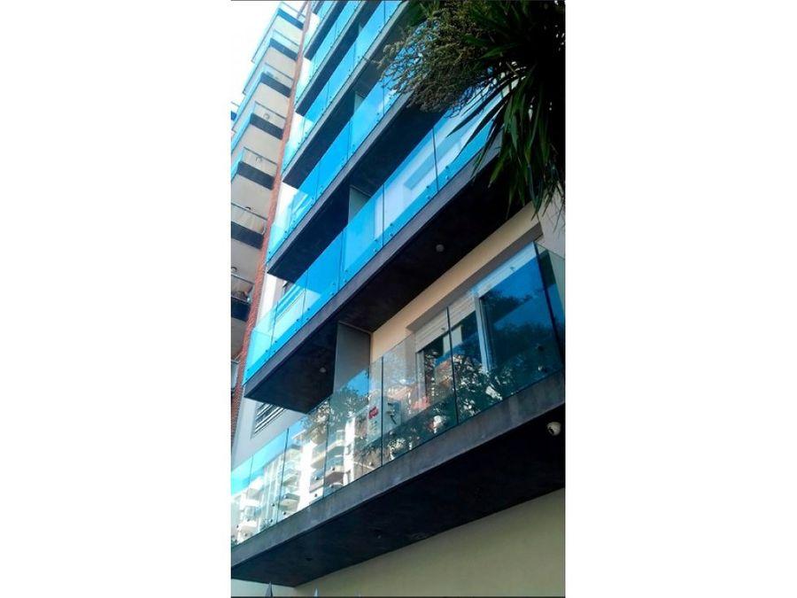 amplio penthouse con parrillero un dormitorio