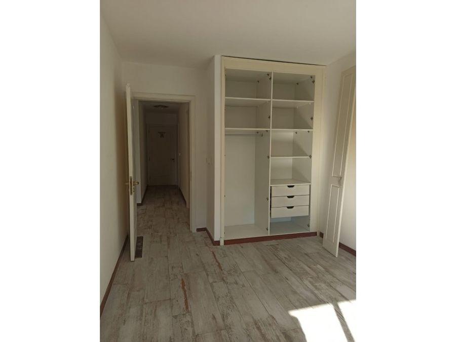 carrasco sur comodo apartamento