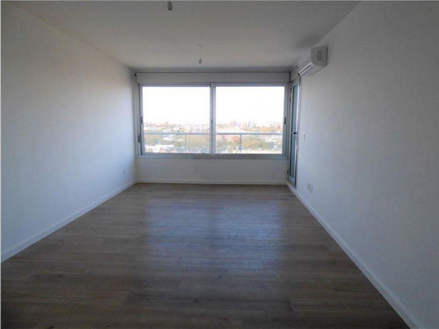 a estrenar amplio apartamento de un dormitorio