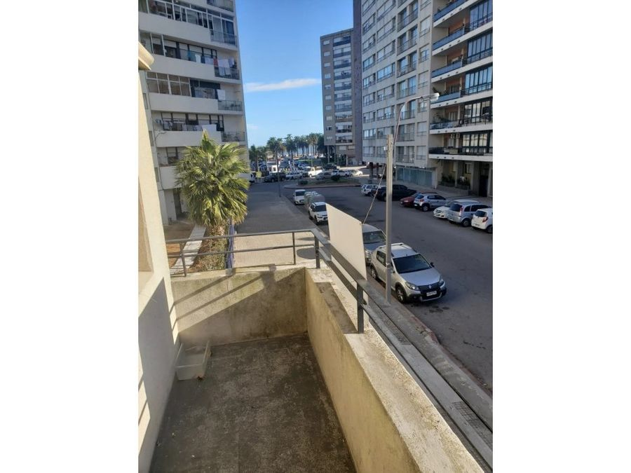 parque rodo dos dormitorios dos banos balcon