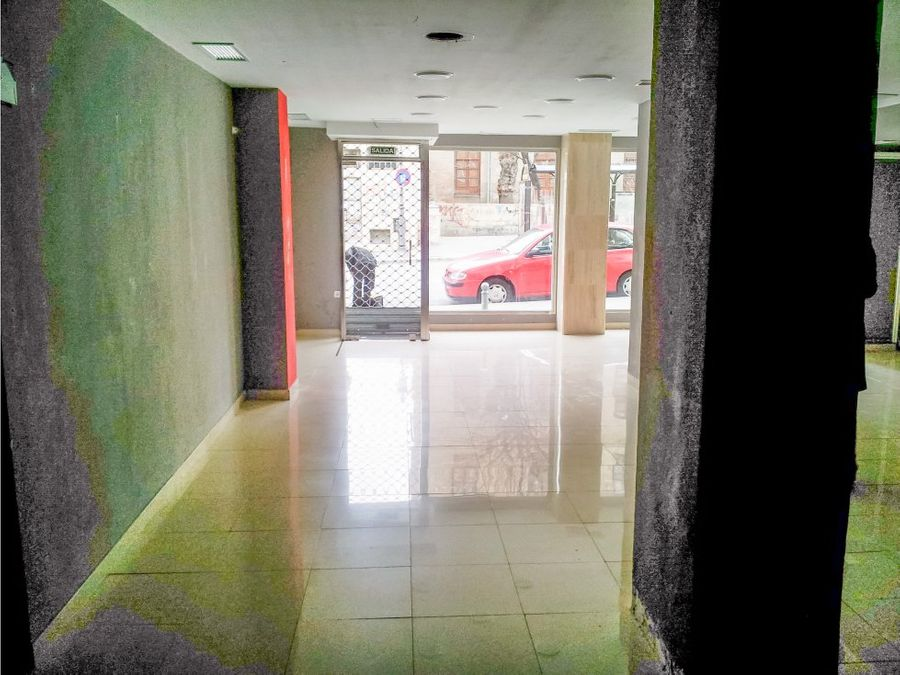 local centrico de 90 m2 en gran capitan