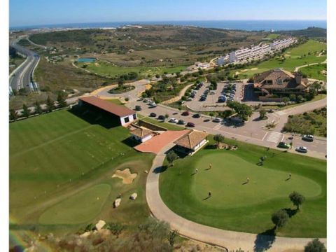 10 terrenos en un golf resort en estepona espetona con vistas al mar