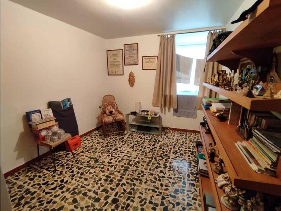 vendo apartamento 112m2 2bs1bs0pe los palos grandes