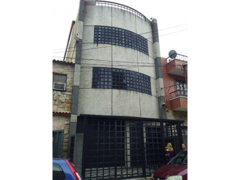 se vende edificio industral 400m2 catia