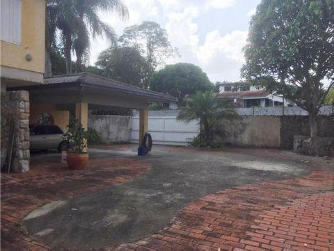 se vende casa 850m2 5h2s5bs8p la lagunita