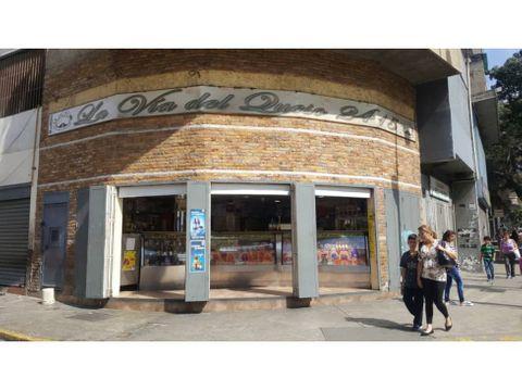 se vende localfrigorifico 227m2 avenida baralt
