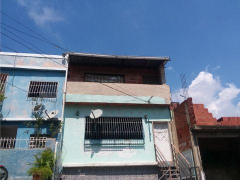 se vende casa 300m2 3h1b0p propatria