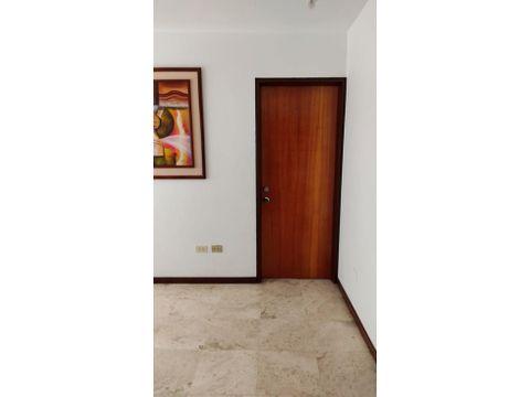 se alquila habitacion 20m2 1b 1pto san bernardino