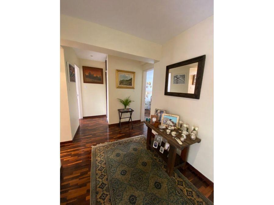 vendo casa 198m2 3hs35s3pe alta florida 0907