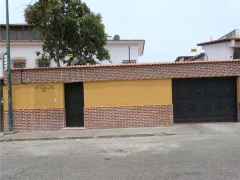 se vende casa 300m2 3h3b4p la california norte