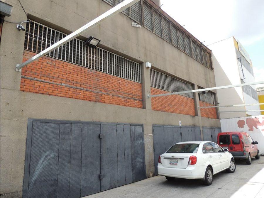 vendo edificio industrial 2179mts2 boleita sur