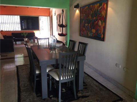 alquilo casa 155m2 3h3b1p colinas de los chaguaramos