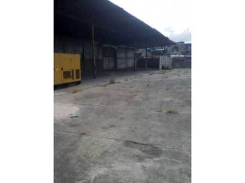 se alquilan patios industriales el llanito