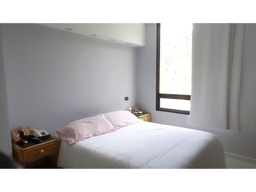 vendo apartamento 61m2 1h2b2pe lomas del sol