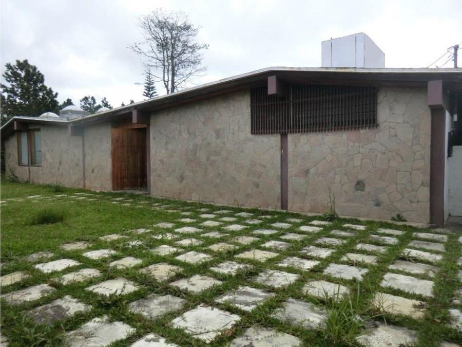 se vende casa 220m2 3hs3bs4p club de campo