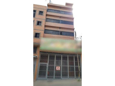 se vendealquila edificio comercial 1115m2 catia