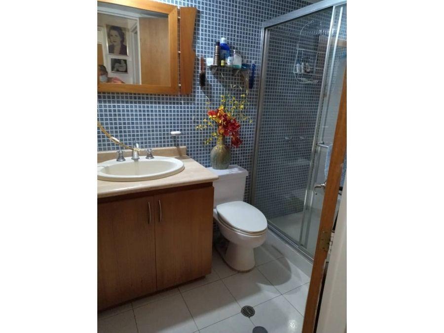 vendo apartamento 190m2 4h4b3pe la tahona 2361