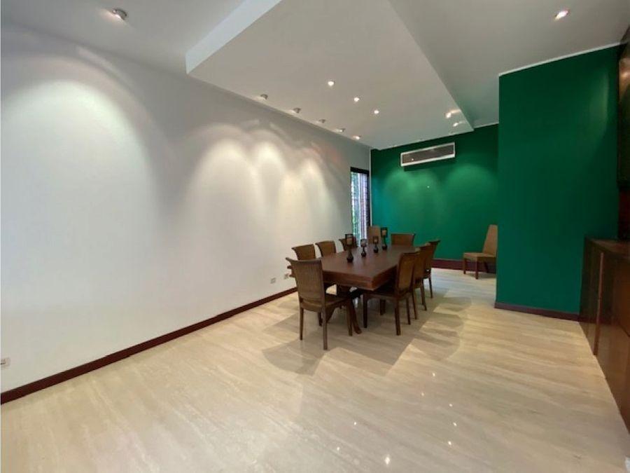 se vende casa 600m2 4h2s7b6p clnas del tamanaco