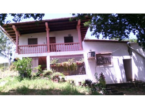 se vende casa 1800m2 8h5b6p santa teresa