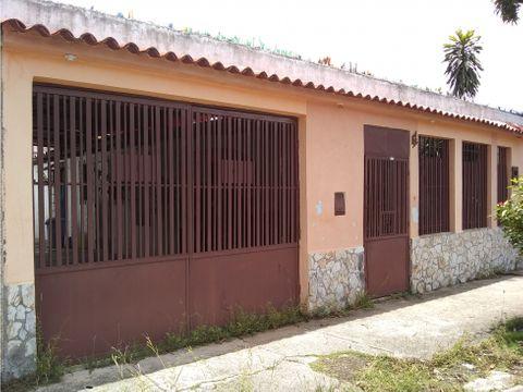 se vende casa 179m2 3h2b2p cua