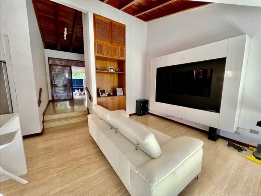 vendo casa 550mts2 4hs7b5pe cero verde 2341