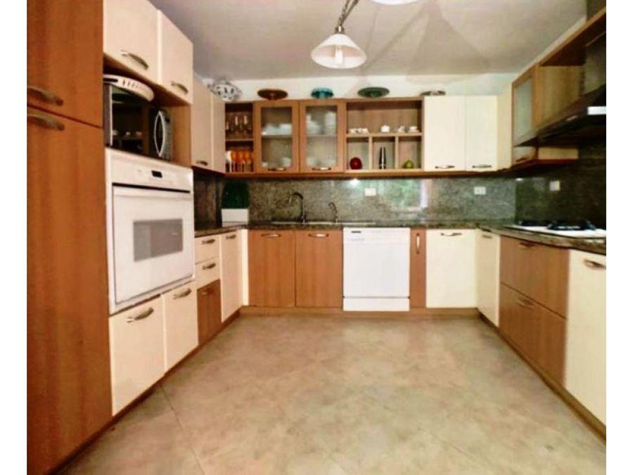 vendo casa 450m2 5hs6s4pe la alameda