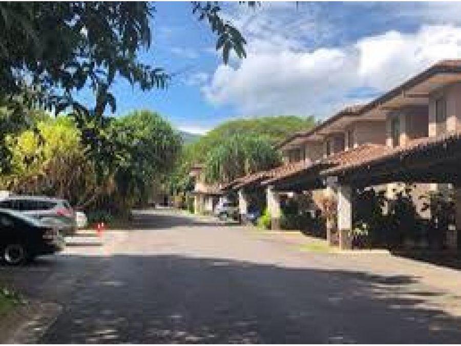 venta de casa santa ana condominio hacienda del valle