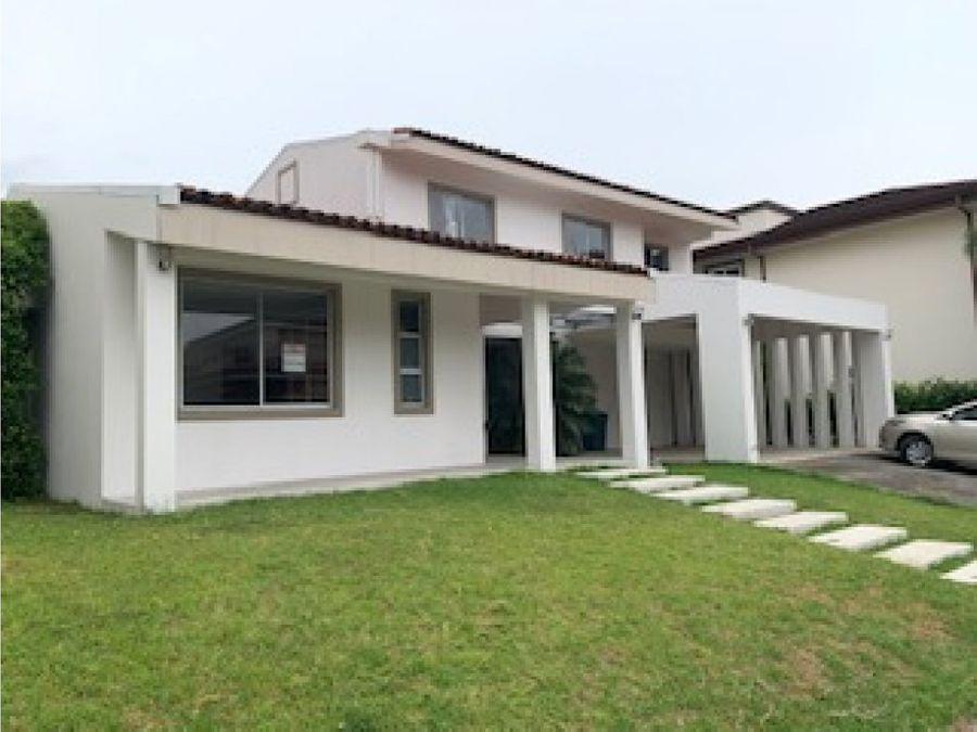 alquiler de casa santa ana condominio hacienda del sol
