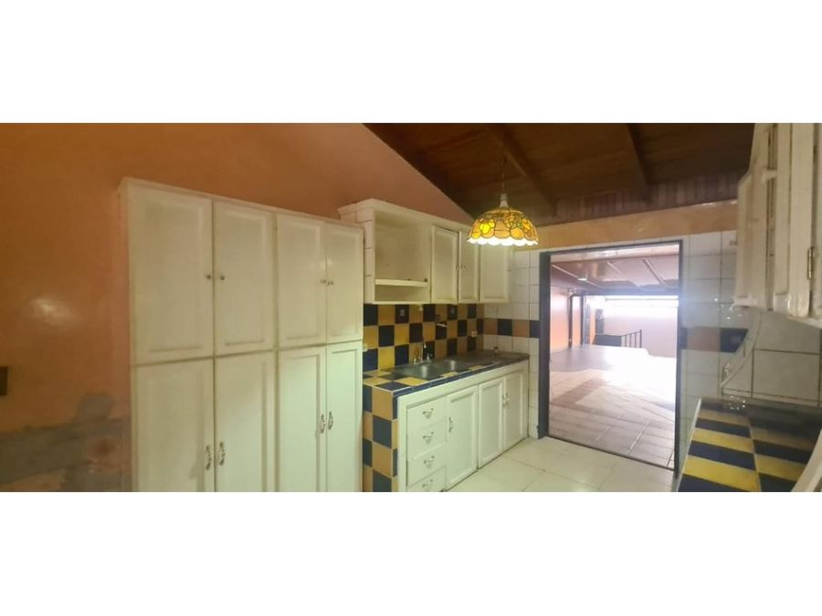 venta de casa y apartamento para remodelar curridabat tirrases