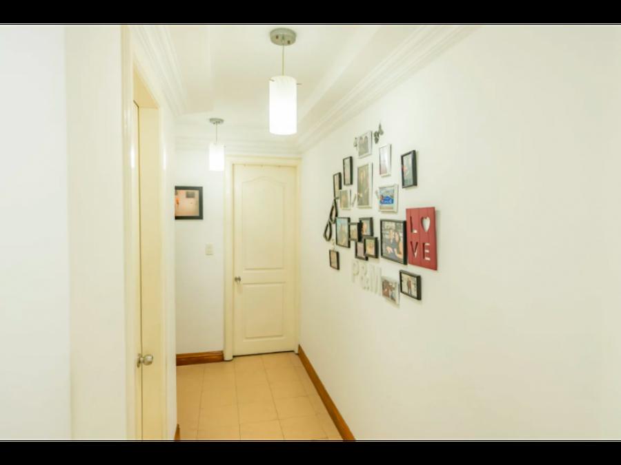 se vende hermoso apartamento en el cangrejo