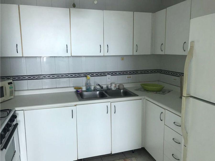 apartamento en alquiler en obarrio us130000