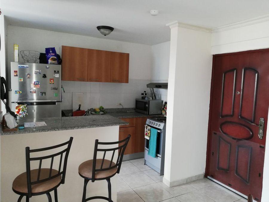 se vende apartamento en carrasquilla us125000