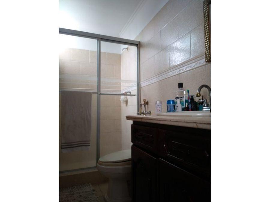 se vende apartamento en el cangrejo en us175000
