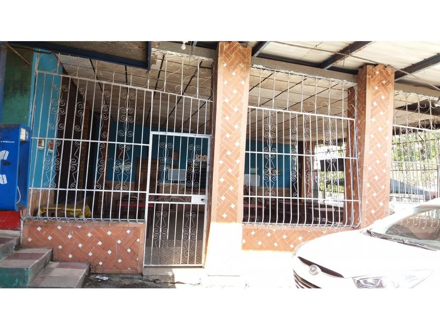 se vende local en el centro de chepo us775000