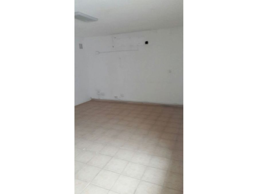 local planta baja en venta bella vista us195000