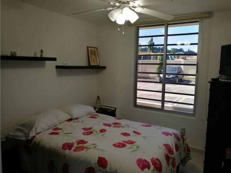 se vende apartamento en altos de panama