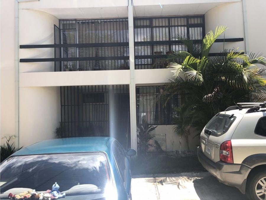edificio de apartamentos en san pedro