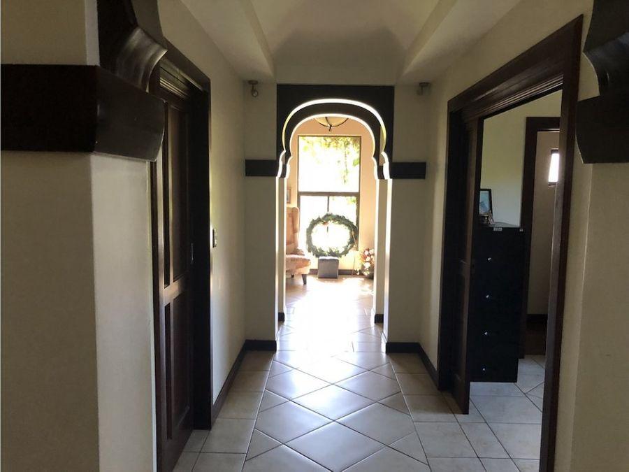 casa en lomas zurqui