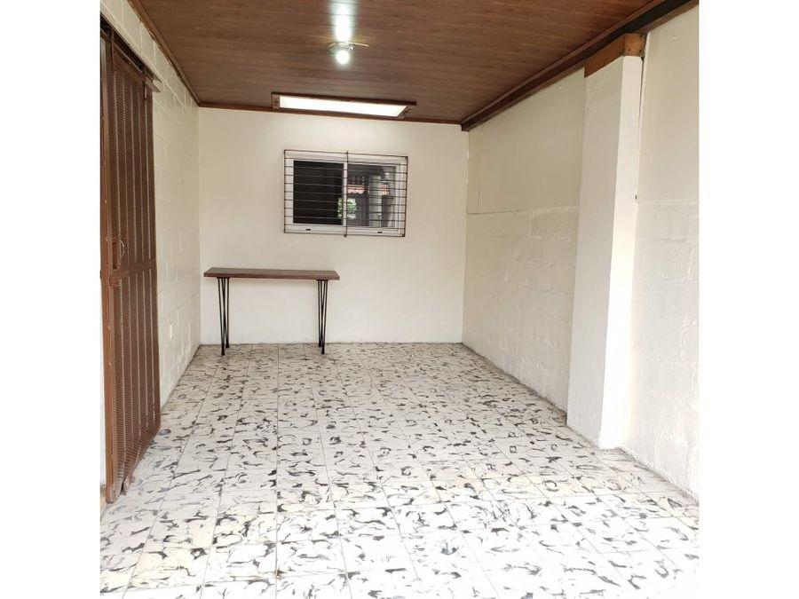 venta casa lourdes de montes de oca 1 planta estilo contemporaneo